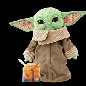 New in Box Scentsy Buddy Baby Yoda The Child